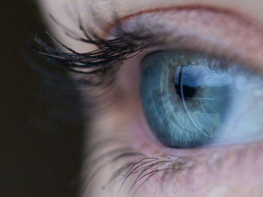 eye-691269_1280-715x400
